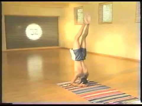 Sharath Rangaswamy Jois Practices Ashtanga Yoga Advanced A (1999)